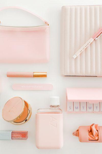 What's In My Handbag Color Challenge – PINK